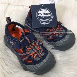 Oshkosh Bgosh washable kid toddler shoe 6